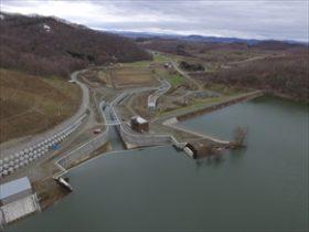 流下能力2倍に増強 当麻ダム新洪水吐完成