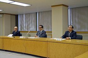 北海道栄高の移転示唆 苫小牧駒沢大開学で記者会見