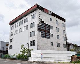 川湯温泉街の旧ホテル「華の湯」を解体し景観向上へ