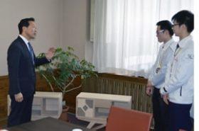 西川旭川市長にメダル獲得など報告 技能五輪代表