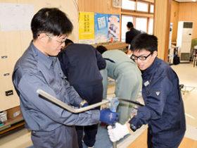 体験学習で工高生に現場の魅力伝える 苫電協青年部