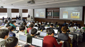 地域の企業と大学の関係強化へ 道科学大が卒業研究発表会