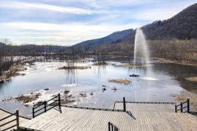 忠別ダム上流の「七色の噴水」がリニューアル