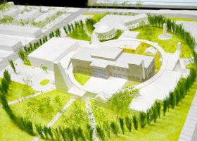 役場中心に円形回廊で診療所など集約 東神楽町の複合施設