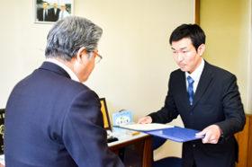 人命救助でクリーンメンテックの三津谷課長を表彰 北警協