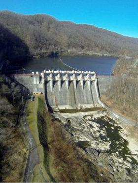 19年度選奨土木遺産 道内から岩松ダムと旧運河橋