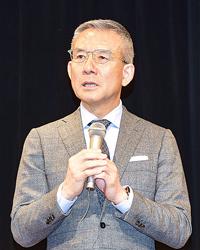 白井一幸氏、人材育成を説く 苫小牧建協が講演会開催