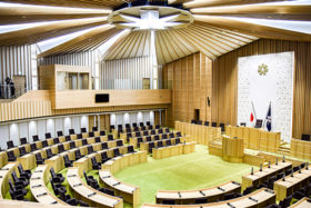 道産木材をふんだんに使用 道議会の新庁舎が報道公開