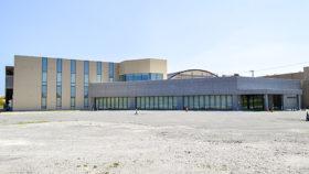 稚内市みどり公園の中核施設 カーリング場がオープン