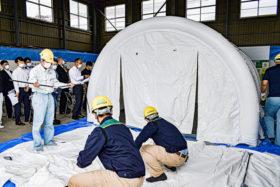 感染防止に有効 医療用陰圧テントを非常時貸し出し