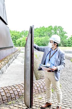 道が百年記念塔の現状を公開 解体へ理解求める