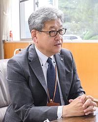 特産生かしたまちづくり 初当選の遠藤桂一平取町長に聞く