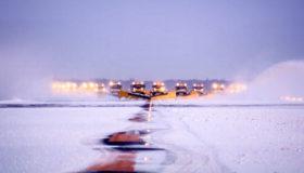 北海道エアポート、初めての降雪期