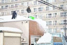 道北・空知で屋根雪下ろし転落事故が相次ぐ