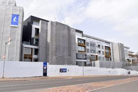 大型宿泊施設「セツニセコ」工事着々と 22年6月完成へ