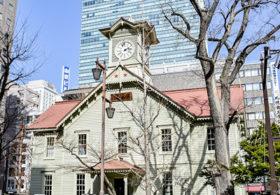 再エネ100%に 札幌市時計台が使用電力切り替え